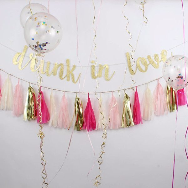 bachelorette party room decor